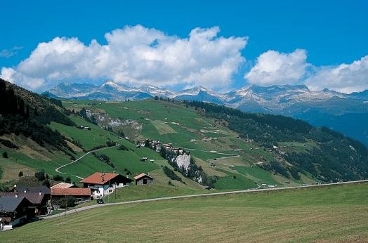 Tre cantoni in Svizzera in moto